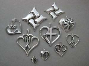 Symbolic Heart Jewelry Designs